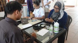 Pemeriksaan kesihatan bersama komuniti sekitar KM9, Sangkat Chrang Chamres